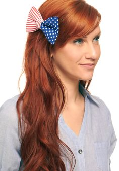 Such a cute little bow for 4th of July! I just cannot justify $12.99 +tax and 7 dollars for shipping. Raaawr.