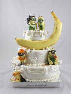 Hochzeit und so … – torteundmehr.at Wedding Cake Toppers, Wedding Cakes, Diy Wedding, Wedding Ideas, Minions, Baby Shower Favors Girl, Costume Patterns, Beautiful Wife, Fondant