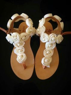 Handmade real leather sandals with flower and pearls!