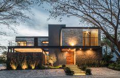 Cada vez mais popular no mercado da construção civil, a estrutura metálica residencial é a opção ideal para quem busca inovação, beleza e modernidade.