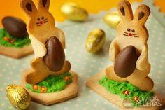 Receita de Coelho de biscoito em receitas de biscoitos e bolachas, veja essa e outras receitas aqui! Easter Cookies, Easter Treats, Cheesecakes, Whoopie Pies, Cookie Bars, Scones, Cookie Decorating, Gingerbread Cookies, Cookie Recipes
