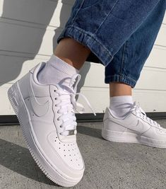 Nike Air Force 1 Outfit, Nike Shoes Air Force, Nike Air Force Ones, Dr Shoes, Hype Shoes, Shoes Jordans, Air Jordans, Shoes Sneakers, Best Sneakers