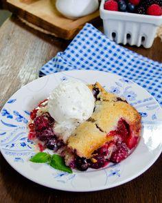 Chef Recipes, Fruit Recipes, Dessert Recipes, Blueberry Recipes, Mixed Berry Cobbler, Blue Jean Chef, Summer Desserts, Summer Recipes, Mixed Berries