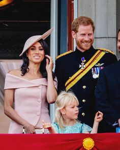 Meghan at Trooping the Colours in London. Meghan Markle Harry, Prince Harry And Meghan, Mom Show, Royal Life, Princess Anne, Prince William And Kate, Sweet Couple, Beautiful Couple, Getting Pregnant