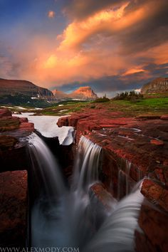 Last light at Triple Falls, Glacier National Park, Montana- Beautiful! Triple Falls at Sunset by Alex Mody Beautiful Waterfalls, Beautiful Landscapes, Parc National, National Parks, Places To Travel, Places To See, Terre Nature, Beautiful World, Beautiful Places
