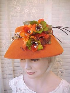 Autumn Beauty-Gorgeous Vintage Hat with Gorgeous Autumn Flowers and… Silly Hats, Crazy Hats, 1950s Hats, Orange Hats, Hat Day, Western Hats, Vintage Outfits, Vintage Hats, Guys And Dolls