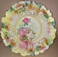 Items similar to Very pretty red mark RS Prussia Carnation mold bowl on Etsy Antique Dishes, Vintage Dishes, Vintage China, Hand Painted Plates, Decorative Plates, Germany And Prussia, Good China, Dessert Aux Fruits, Flower Frame