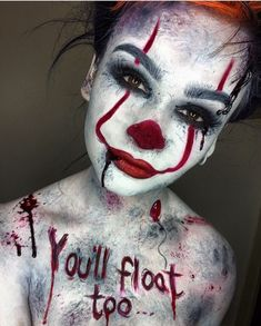 Are you looking for ideas for your Halloween make-up? Browse around this site for creepy Halloween makeup looks. Maquillage Halloween Zombie, Halloween Makeup Clown, Halloween Makeup Looks, Up Halloween, Pretty Halloween, Horror Make-up, Fantasias Halloween, Scary Clowns, Scary Scary