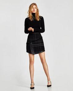 Imagine 1 din FUSTĂ MINI DIN TWEED COMBINATĂ de pe Zara Skirts For Sale, Mini Skirts, Tweed Suit Women, Suits For Women, Clothes For Women, Leder Outfits, Tweed Mini Skirt, Dressing, Zara Women