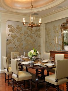 Traditional Dining Room with Metalic Gold Design