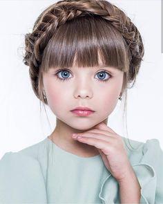 Kid hairstyles 369998925636277699 - Cute Kids Hairstyles for Girls Source by hairstylehub Pretty Kids, Beautiful Little Girls, The Most Beautiful Girl, Cute Little Girls, Beautiful Children, Beautiful Eyes, Beautiful Babies, Cute Kids, Cute Hairstyles For Kids