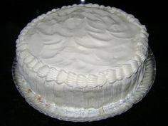 Eu recomendo a receita de Creme branco para recheio e cobertura de bolo por ser simples e descomplicada. Siga passo a passo e surpreenda-se com o resultado