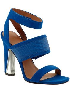 ad I think I am in love. . . #shoes #cobaltblue #blue #spring #style #fashion #shopping