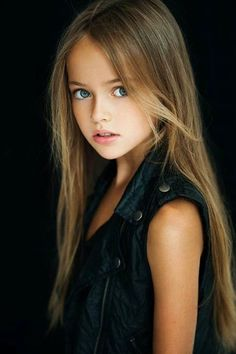 world's most beautiful 8 years old Girl Kristina Pimenova | Pakistani Showbiz Buzz Industry | Latest News