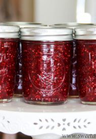 Step by step photos and lots of tips are included for this easy no pectin strawberry jam! If you're a novice to canning, this's a great start!