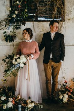 Moody + charming rustic themed winter wedding | Image by Hayley Takes Photos