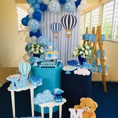 Baby Shower Decorations For Boys, Boy Baby Shower Themes, Baby Decor, Baby Shower Parties, Baby Boy Shower, Boys First Birthday Cake, Baby Birthday, Birthday Parties, Juegos Baby Shower Niño