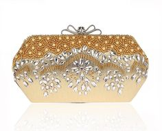 28.00$  Buy now - http://ali17q.shopchina.info/1/go.php?t=32740060455 - Bow Metal Diamonds Women Evening Bags Beaded Handmade Small Purse Clutches Handbags For Wedding  Party Dinner Evening Bags 28.00$ #magazineonline