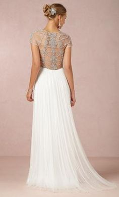 Catherine Deane Tallulah: buy this dress for a fraction of the salon price on PreOwnedWeddingDresses.com