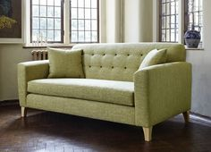 Am coveting this sofa ...