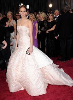 Oscars Best Dressed - Jennifer Lawrence / Photo by Keystone Press
