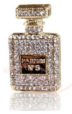 2012 New Style Full crystal No. 5 Golden Perfume Bottle Made for Phone Case Alloy Flatback Accessories DIY supplies Coco Chanel, Chanel No 5, Perfumes Vintage, Parfum Chanel, Glitter Make Up, Beautiful Perfume, Fragrance Parfum, Perfume Fragrance, Chanel Fashion