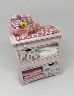 Baby changing unit - Pink H - 11cm W - 4cm L - 7.5cm Dollhouse ♡ ♡ By Little House at Priory