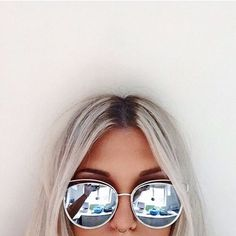 2016 New Flat Mirror Sun Glasses For Women Gold Frame lunette de soleil femme Metal Cateye Shades Chic Ladies Summer Sunglass(China (Mainland)) Lunette Style, Outfit Essentials, Tumblr Girls, Mode Style, Sunnies, Mirrored Sunglasses, Sunglasses Sale, Sunglasses Online, Girls Sunglasses
