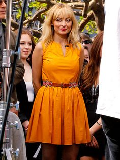 Fashion Star mentors John Varvatos and Nicole Richie showed up for a segment on Extra at The Grove in L.A. Friday.