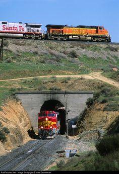 RailPictures.Net Photo: BNSF 766 Burlington Northern Santa Fe GE C44-9W (Dash 9-44CW) at Walong, California by Mike Danneman