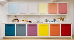 Image from http://www.freshdesignblog.com/wp-content/uploads/2012/06/harvey-jones-contemporary-rainbow-linear-kitchen.png.