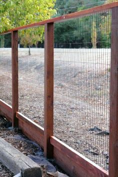 25 easy cheap backyard privacy fence design ideas Source by Backyard Privacy, Backyard Fences, Garden Fencing, Backyard Landscaping, Backyard Ideas, Pool Fence, Outdoor Fencing, Garden Mulch, Sloped Backyard