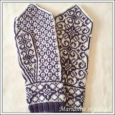 Ravelry: Rosett votter pattern by Marianne Skjelstad Mittens Pattern, Knit Mittens, Mitten Gloves, Knitted Fabric, Knit Crochet, Knitting Patterns, Crochet Patterns, Fair Isles, Color Mixing