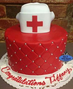 We love this wonderful nursing cake for a grad party!