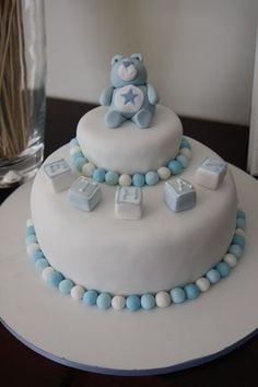 Cake Christening Cake Decorating Ideas Tips to make a success of the baptism party Torta Baby Shower, Fondant Cakes, Cupcake Cakes, Cake Decorating Books, Decorating Ideas, Christening Cake Boy, Chocolate Caramel Cake, Celebrate Good Times, Cakes For Boys