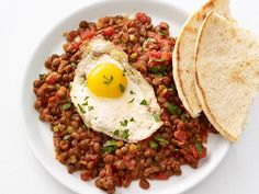 Lentils with Fried Eggs — Meatless Monday
