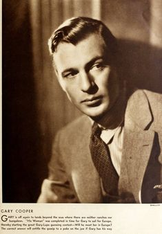 Vintage 1930s suits: See 60+ old-fashioned menswear styles Old Hollywood Glamour, Hollywood Actor, Classic Movie Stars, Classic Movies, Robert Young, Gary Cooper, Hollywood Boulevard, Man Standing, Paramount Pictures