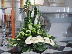 solomka Altar Flowers, Church Flower Arrangements, Church Flowers, Funeral Flowers, Floral Arrangements, Wedding Flowers, Altar Decorations, Flower Decorations, Wedding Decorations