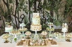 Check out the details in this Glam Jungle Birthday Party here at Kara's Party Ideas. With a beautiful girly take on a fun party theme, you don't want to miss it! Jungle Theme Cakes, Jungle Theme Parties, Jungle Theme Birthday, Wild One Birthday Party, 1st Boy Birthday, Jungle Safari Cake, Jungle Party, Safari Party, Safari Baby Shower Cake