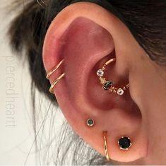 Gold Ear Jackets + Sparkly Spikes- gold ear jacket / ear jacket spike / ear jacket gold / ear jacket earring / gold ear cuff / gifts for her - Fine Jewelry Ideas - Accessoires - Ear Piercings Innenohr Piercing, Body Jewelry Piercing, Cute Ear Piercings, Tattoo Und Piercing, Ear Jewelry, Fine Jewelry, Piercing Aftercare, Face Peircings, Body Jewellery