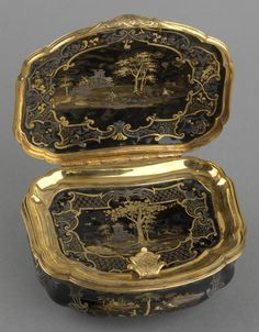 French Lacquer and gold box, 1762-1768 (Royal Collection Trust)