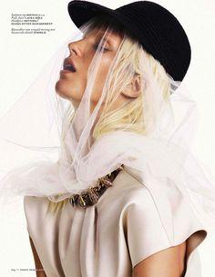 M: Marte Mei Van Haaster, P: Alique (Vogue Netherlands November 2013)