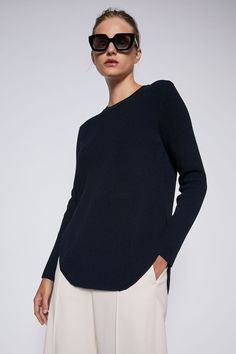 CREPE KNIT SHIRT TAIL SWEATER – Scanlan Theodore Scanlan Theodore, Project 333, Knit Shirt, Body Measurements, Ready To Wear, Pullover, Denim, Knitting, Blouse