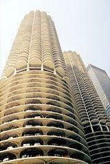 Marina City twin towers - architect Bertrand Goldberg
