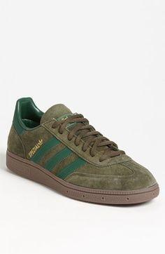 separation shoes a7319 035da adidas Originals Spezial  Olive Green Streifen, Adidas Zx, Adidas  Turnschuhe, Schuhe Turnschuhe