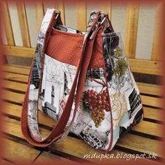 I like the shape. Diy Handbag, Diy Purse, Denim Tote Bags, Craft Bags, Patchwork Bags, Simple Bags, Purse Patterns, Fabric Bags, Handmade Bags