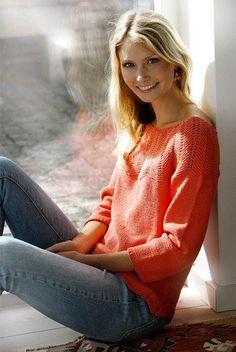 Strik en smuk bluse med zigzagmønstret bærestykke fra Hendes Verden