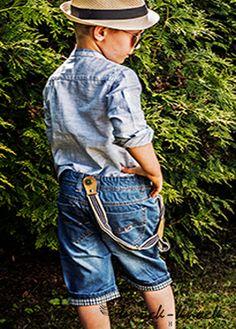 szorty jeansowe, modne i stylowe. Do kupienia na: mail: knocknock.fashion@gmail.com fb: https://www.facebook.com/pages/knock-knock-fashion/230430617163127?ref=hl instagram: http://instagram.com/knock_knockfashion# #kidsfashion #modadladzieci #fashionkids