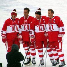 #nhl #hockey #WinterClassic #DetroitRedWings #alumnigame #yzerman #chelios #draper #lidstrom
