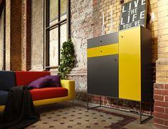 """Für Kreative: Das variantenreiche Highboard aus der aktuellen """"now!elements""""-Kollektion gibt es mit Schubladen, Türen oder…"""